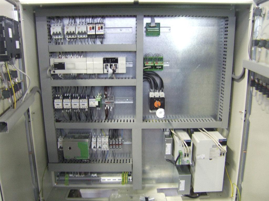 Schemi Quadri Elettrici Software Gratis : Progettazione e cablaggio quadri elettrici bordo